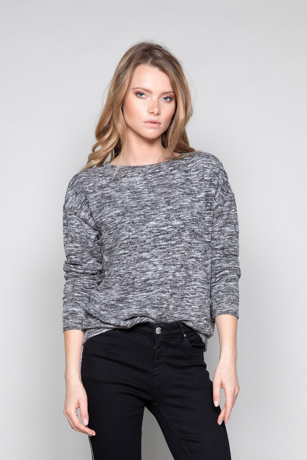 Sweater Sweater CHARLY Woman W18315W (40128) - DEELUXE-SHOP